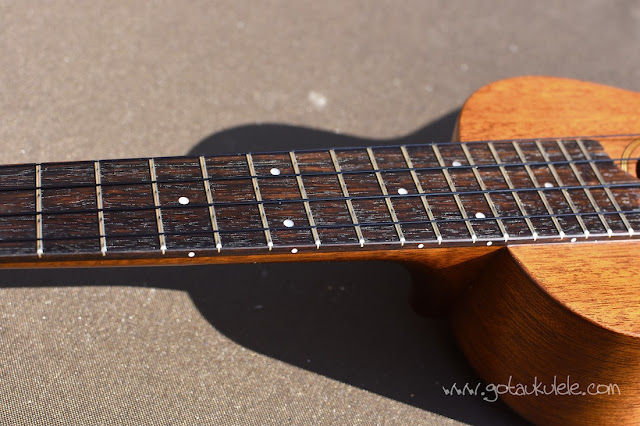 Kiwaya KTS-5 Soprano Ukulele fingerboard