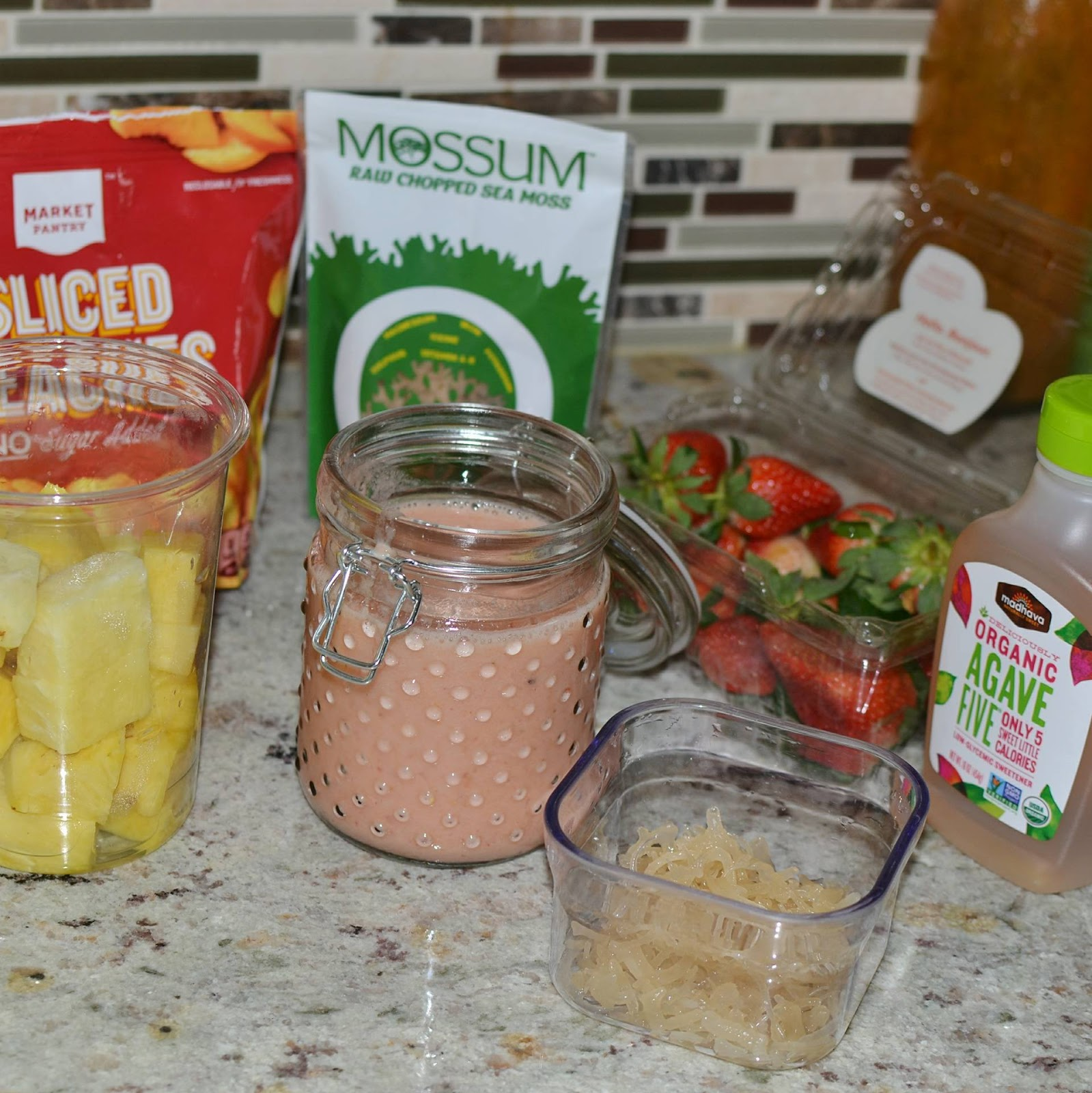 My First Smoothie With Mossum Sea Moss | The Glam Mom