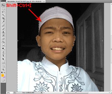 Memotong Objek Pas Foto di Photoshop