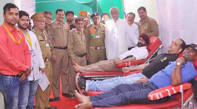 Blood Donation Camp organized by FSWA and Rotary Club Faridabad in the celebration of Hindu New Year