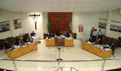 Seis dos 11 vereadores perdem o mandato em cidade do Piauí
