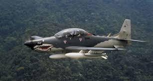 Pesawat Latih SuperTucano Test Flight Jatuh malang, warna loreng lukisan moncong cocor hiu warna merah @info grosir pulsa murah