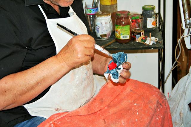 statuine carta pesta, pitturazione