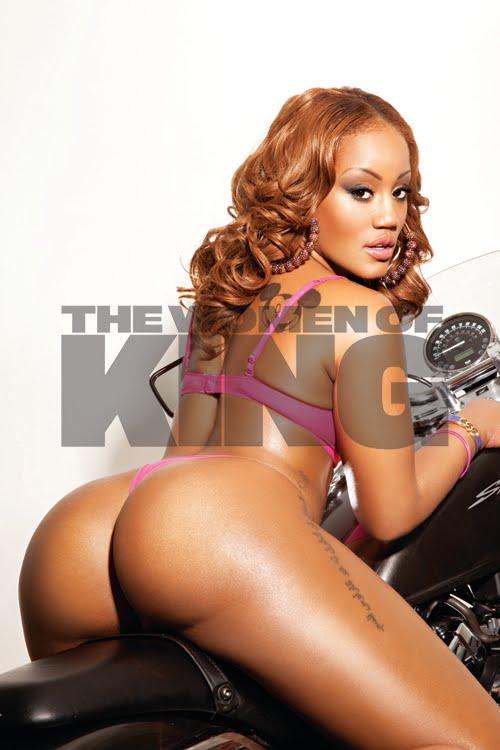 Girls nude magazine king
