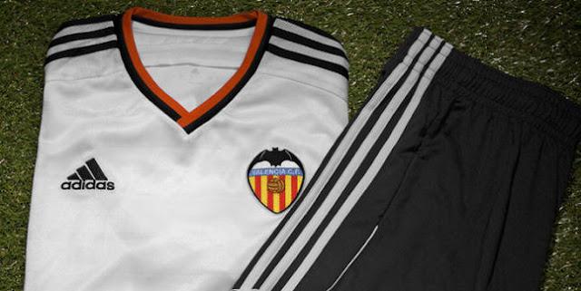 El Valencia rebaja el precio de su camiseta