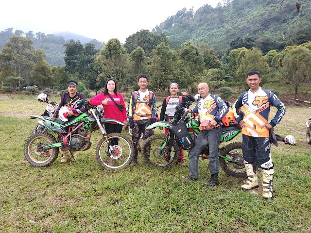 Grup PACIWEUH : Trabas Cisadon -  Gunung Pancar