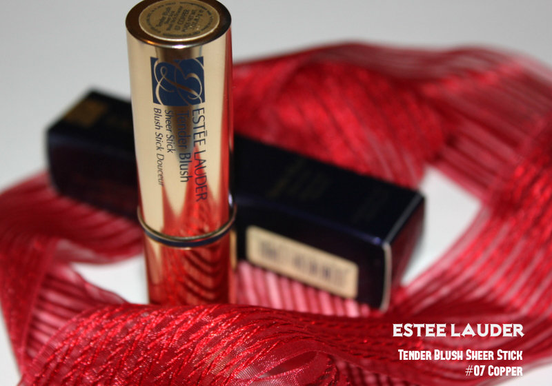 Отзыв: Румяна-стик Estee Lauder Tender Blush Sheer Stick #07 Copper.