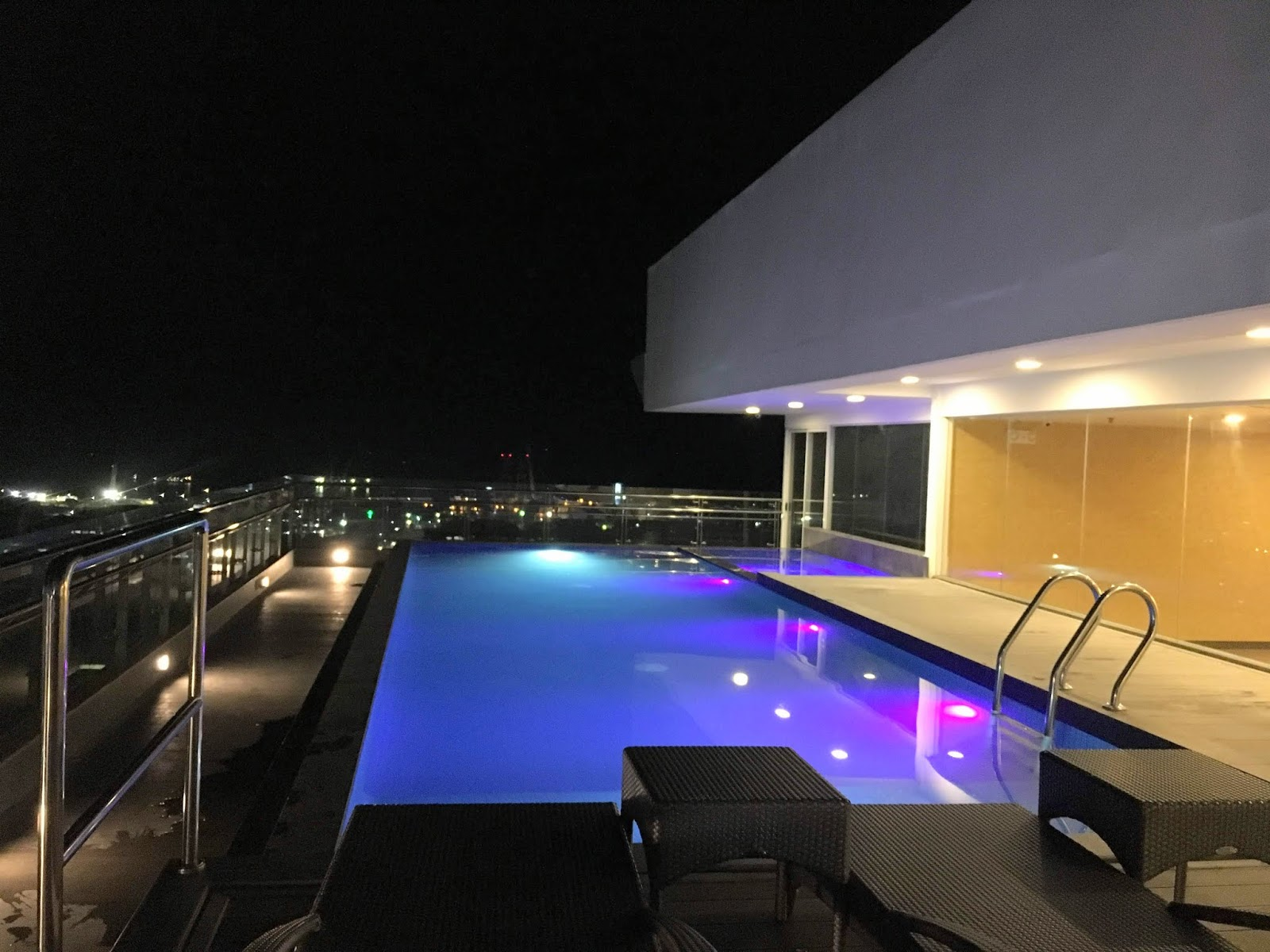 one central hotel cebu review