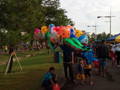 Pedagang Balon Di Car Free Day