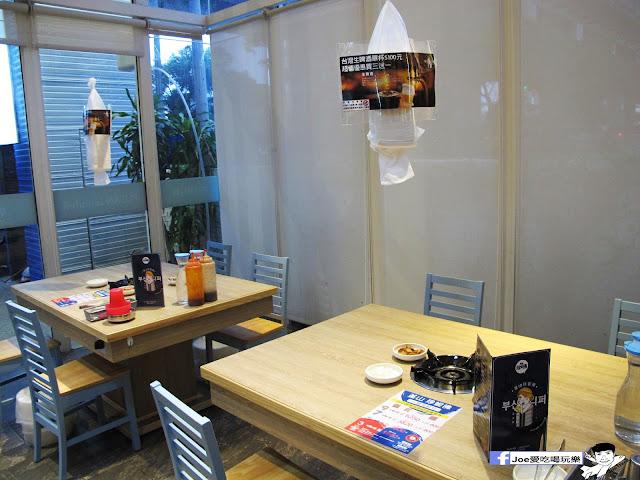 IMG 0844 - 【台中美食】 ||釜山珍妮佛 || 要吃九層海鮮塔,不用到韓國拉,也不用到釜山珍妮佛創始店人擠人,因為文心路上就有一間啦!!!