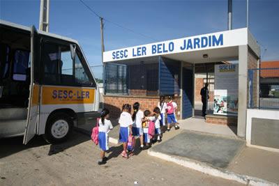 Resultado de imagem para Sesc inscreve para 47 vagas de estágio em 12 cidades de Pernambuco