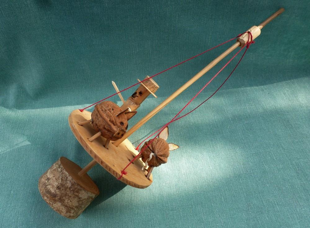 jouet rustique des nouveaut s a la maison du jouet rustique. Black Bedroom Furniture Sets. Home Design Ideas