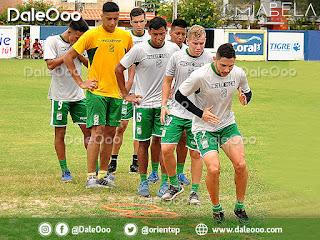 Oriente Petrolero trabaja en la parte física con los jugadores que no viajan a Cochabamba - DaleOoo