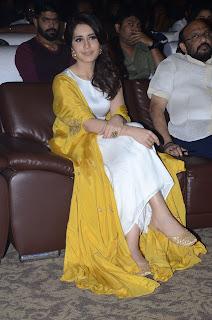 raashi khanna at balakrishnudu audio launch 15