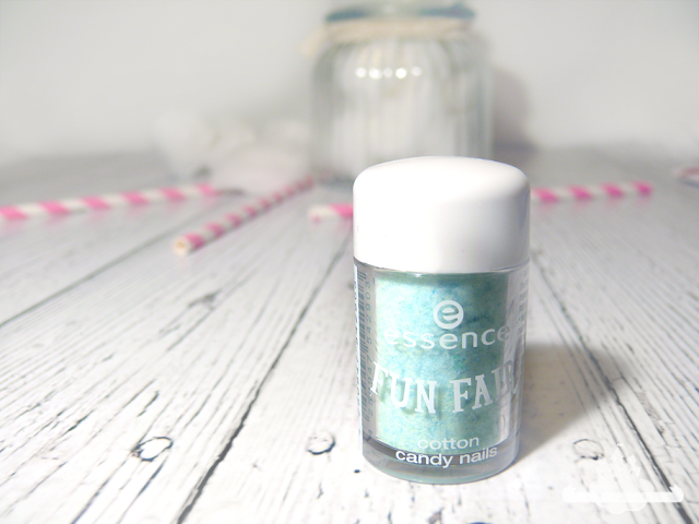Trend Edition Essence Fun Fair cotton candy nails