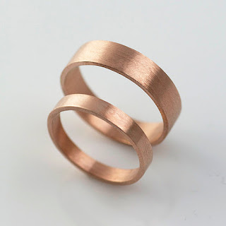 minimalist and recycled wedding band