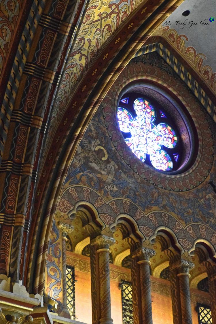 St. Matthais Church in Budapest  | Ms. Toody Goo Shoes #budapest #danuberivercruise #hungary