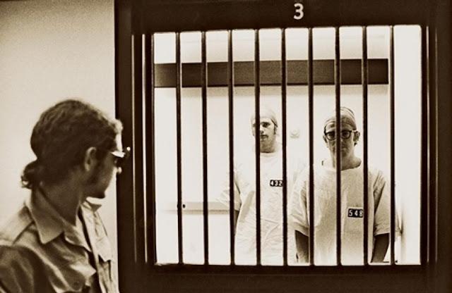 تجربة سجن ستانفورد