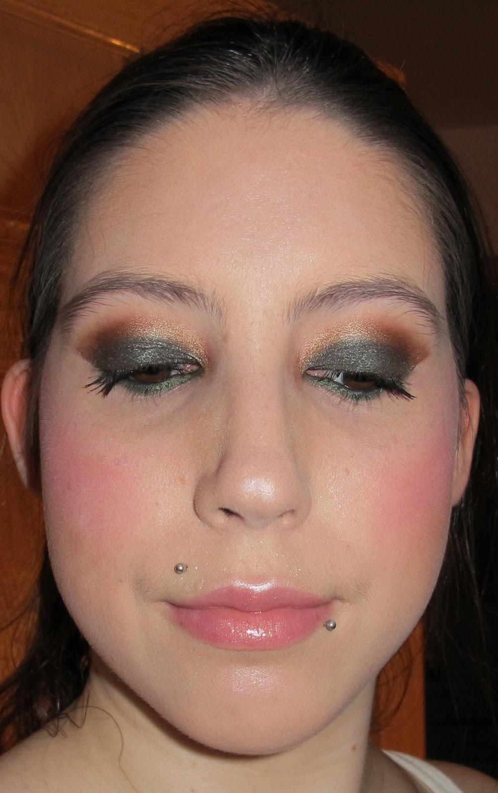 Steph Stud Makeup: MAC Club Eyeshadow Look And How To Wear It