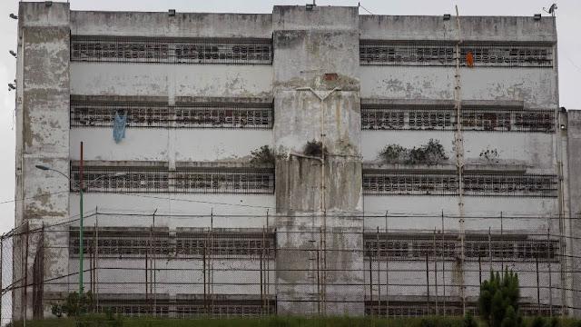 Desalojaron a algunos presos políticos de Ramo Verde para meter a guerrilleros del ELN