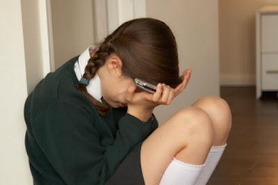 lindungi anak anda dari cyberbullying [esai edukasi dot com]