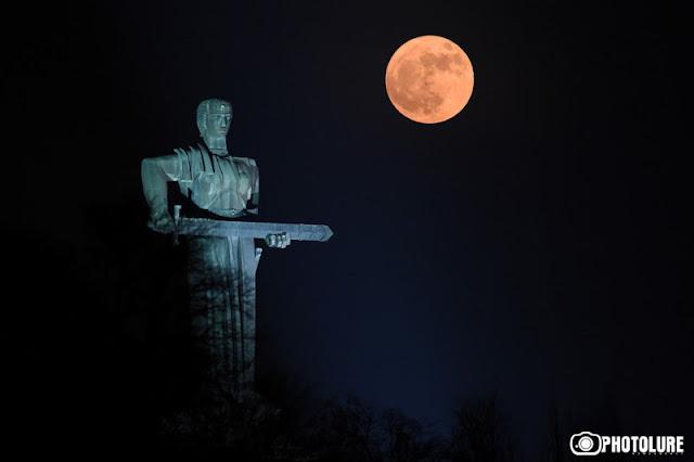 Armenia quiere la exploración de la luna