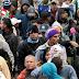 Hàng ngàn người Venezuela đã tràn về biên giới Ecuador-Colombia vì lo ngại về việc đóng cửa biên giới