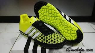 Sepatu Futsal Adidas 15.3