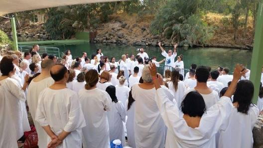 Resultado de imagem para rio jordao igreja renascer