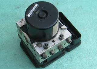 Mengenal ABS (Anti-lock Braking System )
