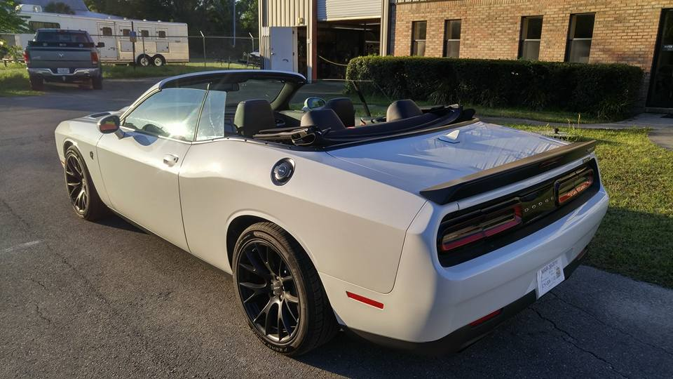 world s first dodge challenger hellcat convertible costs 139 000 w video carscoops. Black Bedroom Furniture Sets. Home Design Ideas