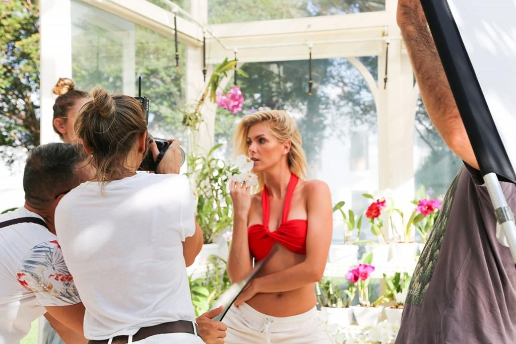 """Ana Hickmann lança a """"My Secret Garden"""", sua primeira coleção de moda  autoral 3e2b9997d8"""