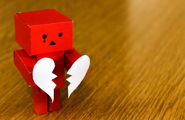 Tanda Hubungan Kamu Harus Segera Diakhiri