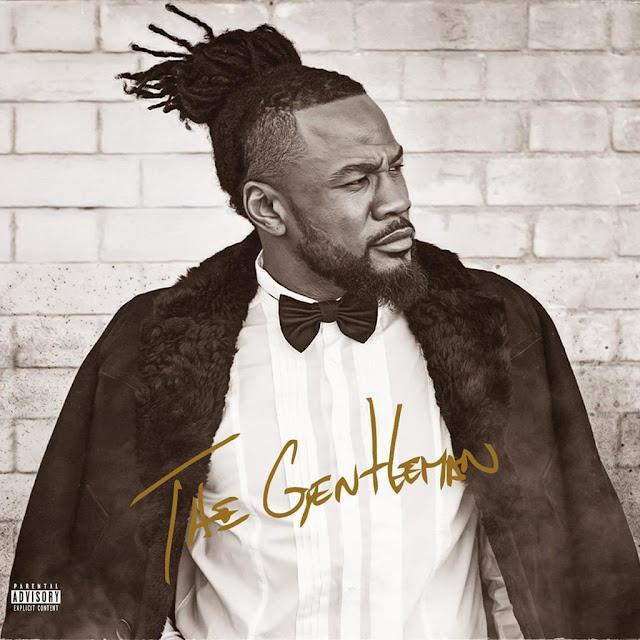 """""""Uno Mas"""" é o titulo da recente música do músico e compositor angolano """"C4 Pedro"""". O músico contou com a participação """"David Carreira & Mr Marley"""", música produzida no estilo Reggaeton. Sem mais demora, faça o download e desfrute da boa música."""