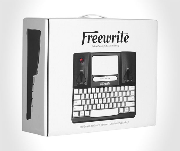 Distraction Free Smart Typewriter