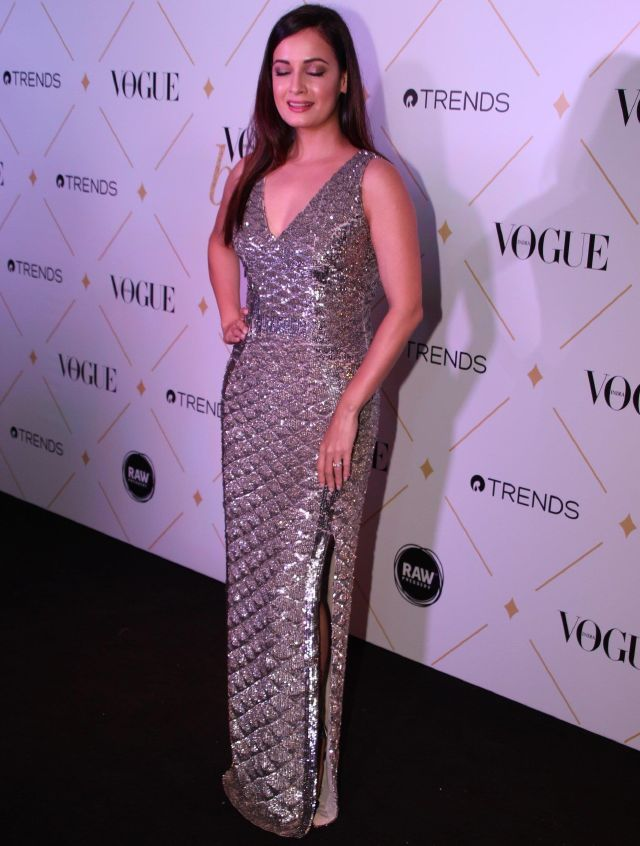 Dia Mirza At Vogue Beauty Awards 2017 In Black Dress