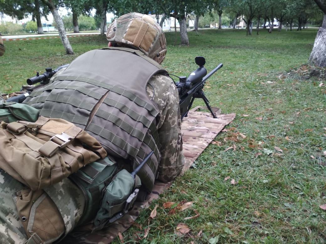 «Roshen» допоміг придбати 430 снайперських гвинтівок