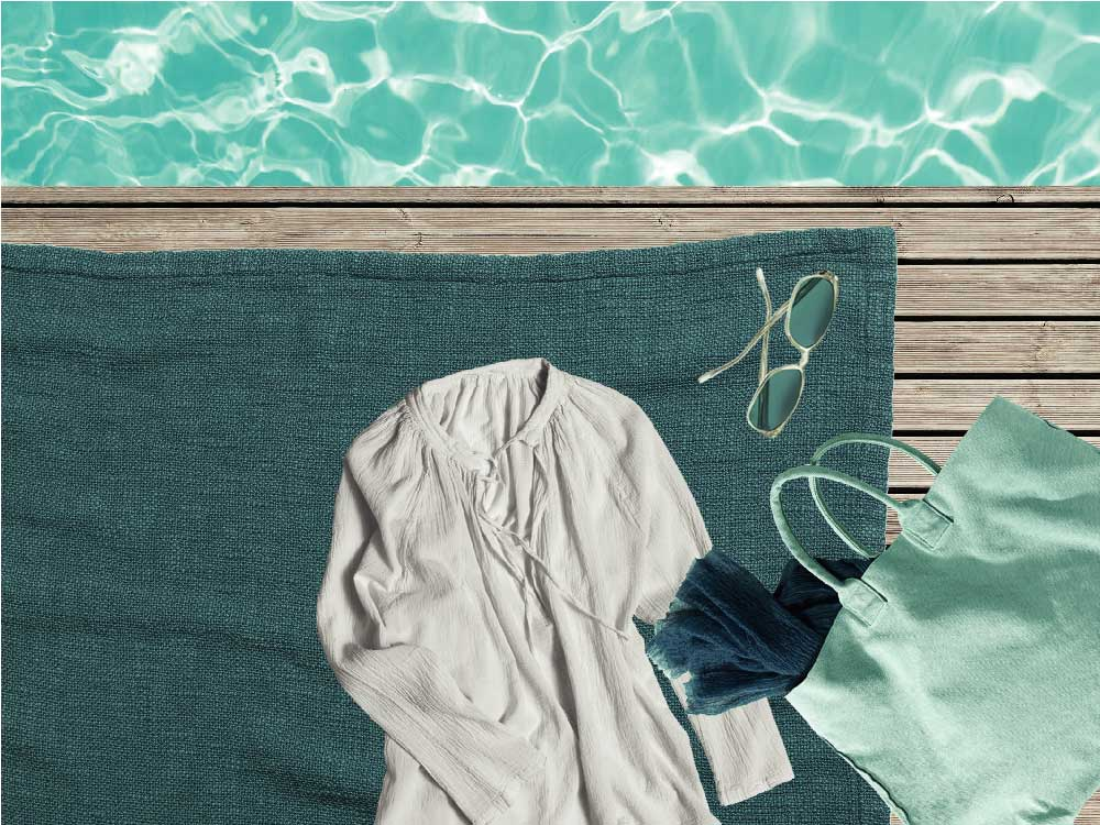 Arredi e complementi di design per il bordo piscina