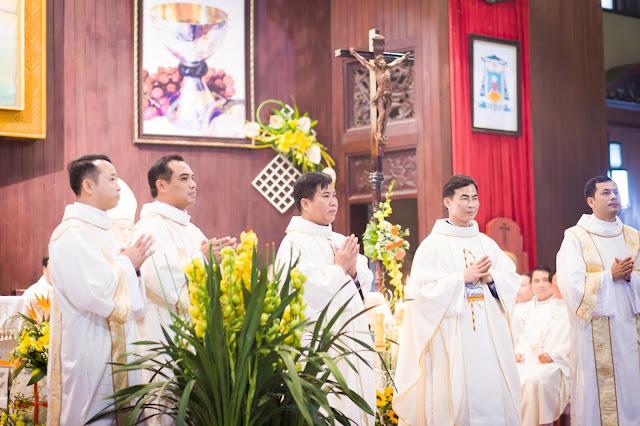 Lễ truyền chức Phó tế và Linh mục tại Giáo phận Lạng Sơn Cao Bằng 27.12.2017 - Ảnh minh hoạ 243