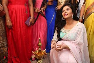 Sreemukhi Launches Manvis Saloon  0051.jpg