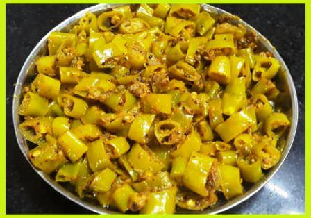 हरी मिर्ची के टिपोरे बनाने की विधि | Instant Chilli Pickle Recipe in Hindi