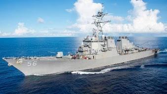 Kapal Perang USS John S McCain Tabrak Tanker di Singapura, Amerika Cari 10 Pelautnya yang HilangHilang