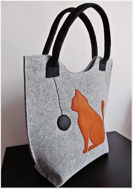 Filcowa torba dla kociary