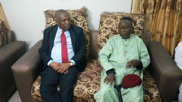 Orji Uzor-Kalu visits Nnamdi Kanu's parents