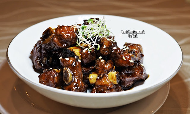 Oriental Group Restaurant Zhenjiang Sweet & Sour Iberico Baby Pork Ribs