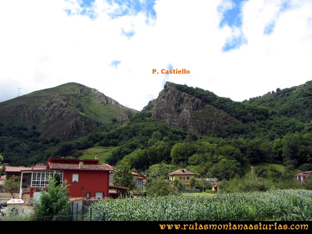 Ruta Cascadas Guanga, Castiello, el Oso: Peña Castiello desde San Andrés