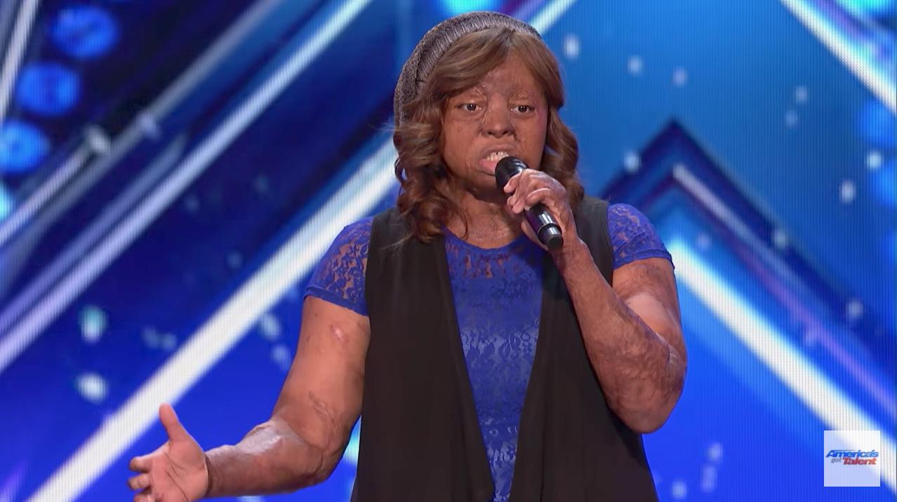 Americas got talent 2017 plane crash - Kechi Okwuchi Survivor Of Sosoliso Plane Crash Captures The Hearts Of The Judges On America S Got Talent