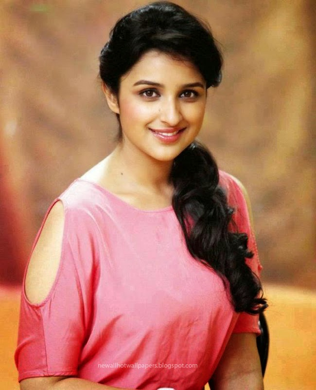 parineeti chopra hot wallpaper