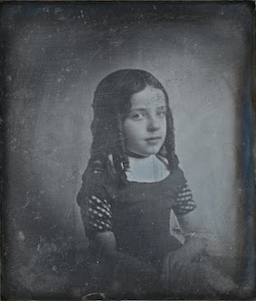Eduard Isaac Asser, Portrait of Charlotte Asser, daughter of the photographer, 1842