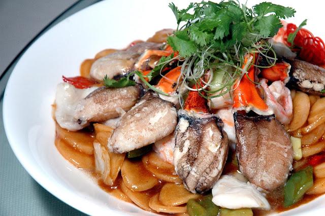 Choi S Kitchen Burnley Menu